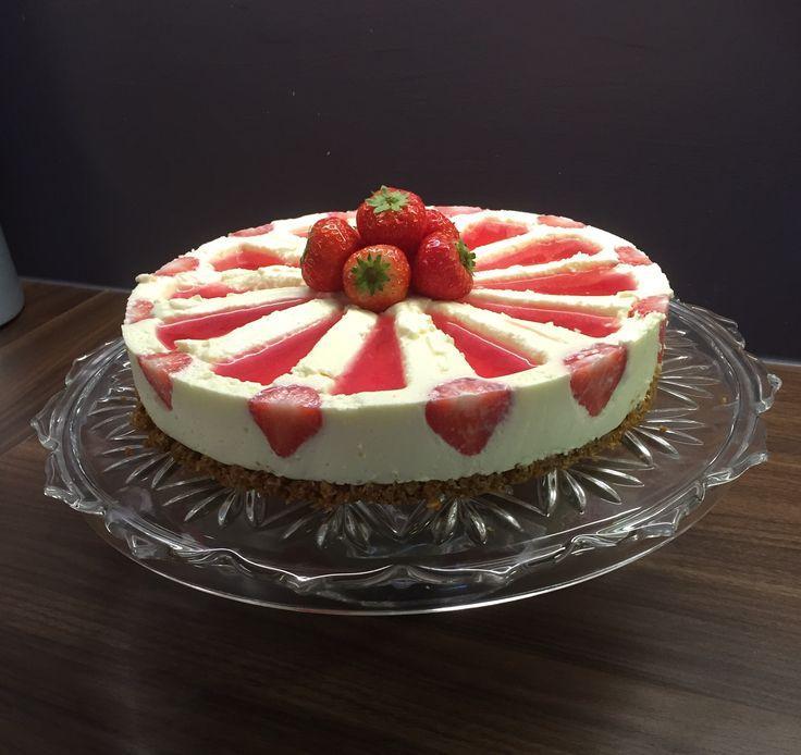 Cheesecake strawberry zilacake #cheesecake #zilacake #strawberry