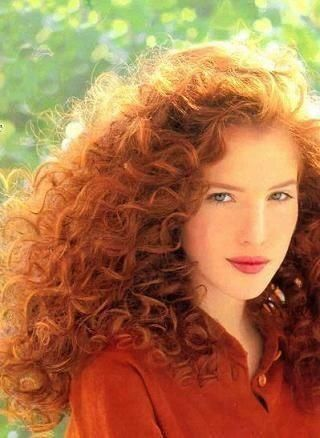 lots of curly red hair...so pretty i love it. I couldn't pull it off though. ((and why not?))