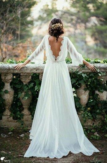 Mit Ihrem/ Ihrer Zukünftigen reisen Sie für Ihr Hochzeitswochenende am besten am Tag zuvor an um alles entspannt angehen zu lassen. http://www.purschenstein.de/de-de/hochzeiten/m-a-glicher-ablaufplan. (Best Products Beauty)