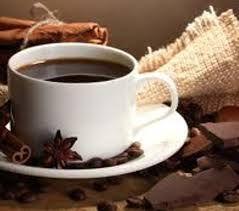 L'inverno è il periodo della cioccolata calda. Fuori fa freddo e sicuramente una simile bevanda risulta molto invitante… anche per chi vuole mantenere la linea sotto controllo. A questo riguardo, ecco cosa consigliano i nutrizionisti per permetterci di regalarci la soddisfazione di bere una sana tazza di cioccolata calda… senza toglierci il gusto! Il primo […]