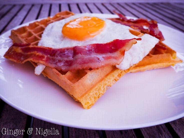 Breakfast waffles: gustosi waffles alla ricotta per una speciale colazione salata.