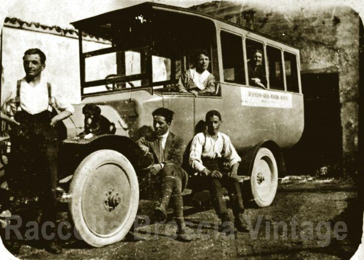 Prima corriera tratta Desenzano - Montichiari - Ghedi - Manrbio - Orzinuovi negli anni 20 (Archivio personale di Ruggero Manara) http://goo.gl/FPZeiT
