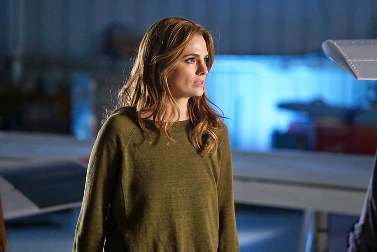 Well, we know Beckett survives the season premiere!