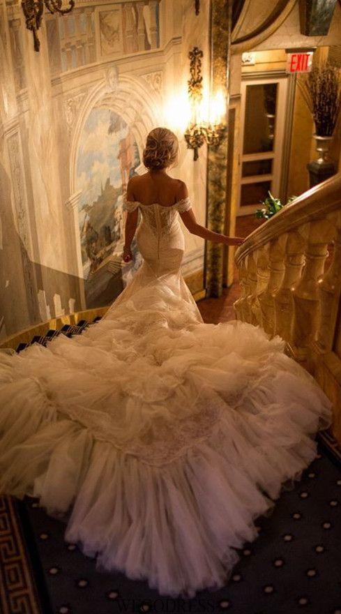 Gorg. Just gorg. #bridaldress