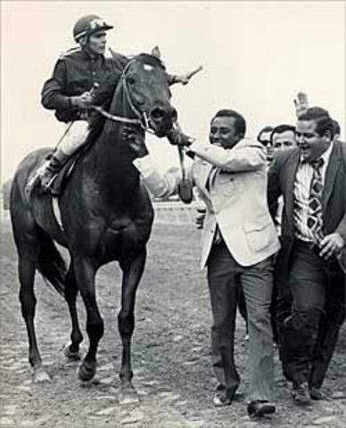 Canonero II. 1971 Kentucky Derby winner. Jockey: Gustavo Avila. Winning time: 2:03 1/5 #KentuckyDerby