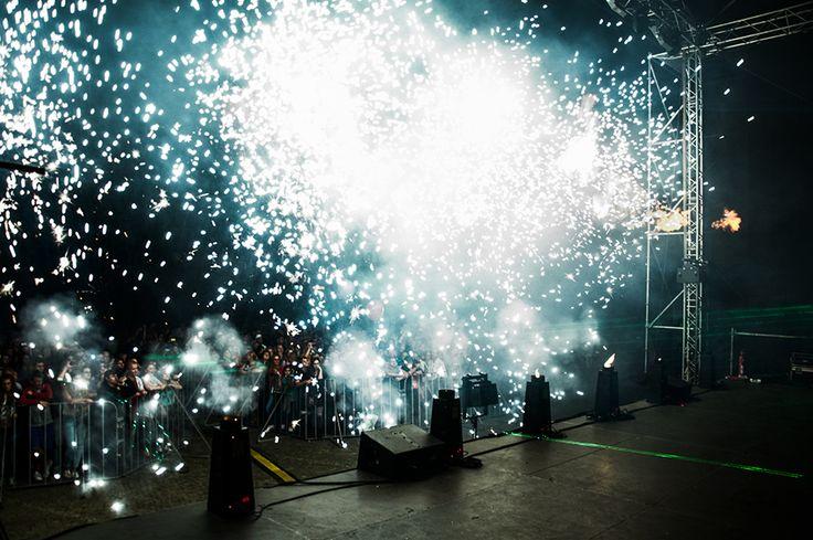 Pokazy laserowe na zakończenie III odsłon Wystrzałowych Dni Bytomia 2014 | fot. Natalia Bojanowicz