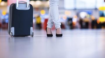Always know what size your hand luggage should be with our guide to short-haul airline restrictions on cabin luggage dimensions and weight.