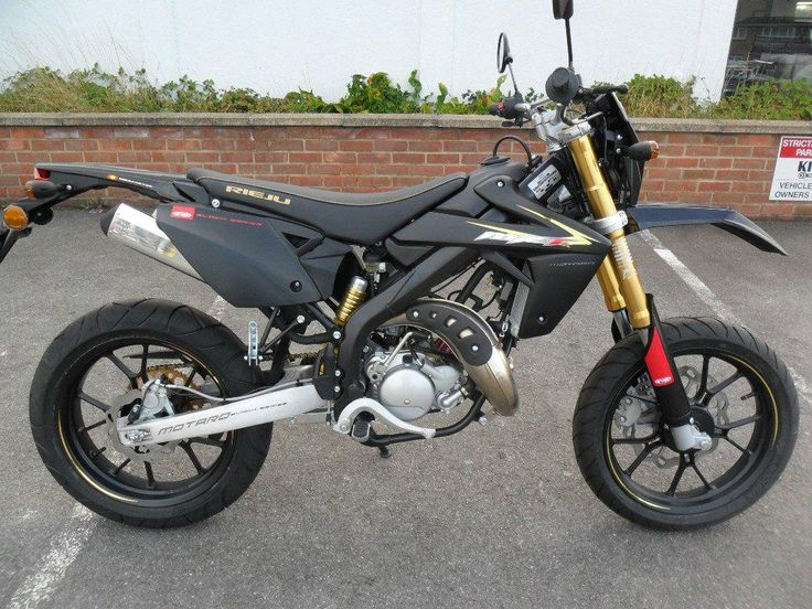 RIEJU MRT 49 cc MRT 50 SM PRO - http://motorcyclesforsalex.com/rieju-mrt-49-cc-mrt-50-sm-pro/
