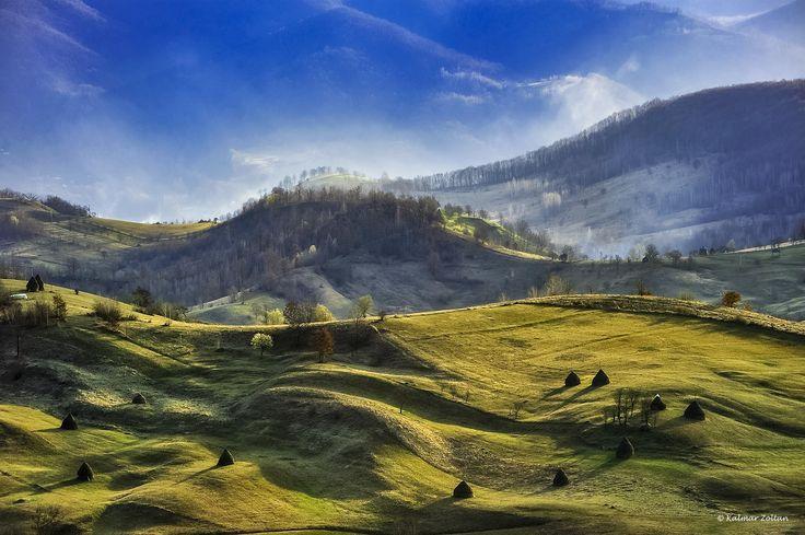 Calinesti, Maramure / Felsőkálinfalva falu Romániában, Máramaros megyében, a történeti Máramarosban
