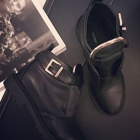 New models is coming #2048 Be first shop online at www.vices.eu #VICES #shoes #boots #2048 #news #coming #fall #newcollection #shoesaddict #shoestagram