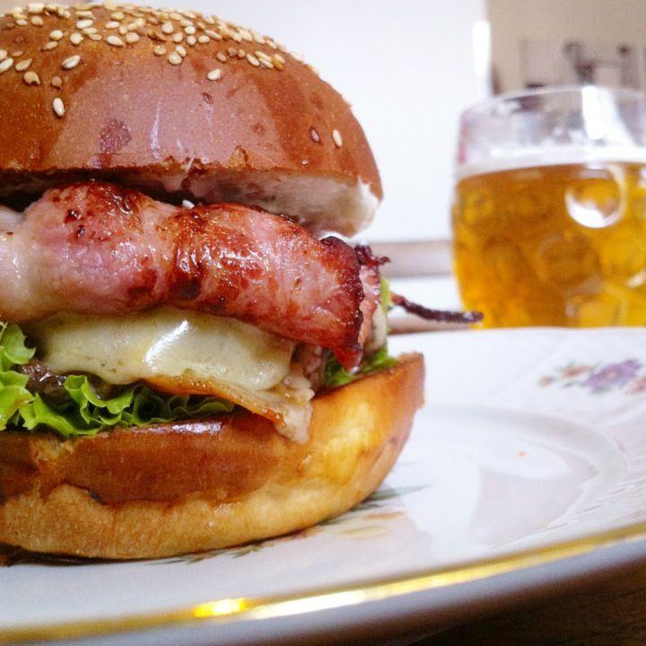 Dish – Fine Burger Bistro