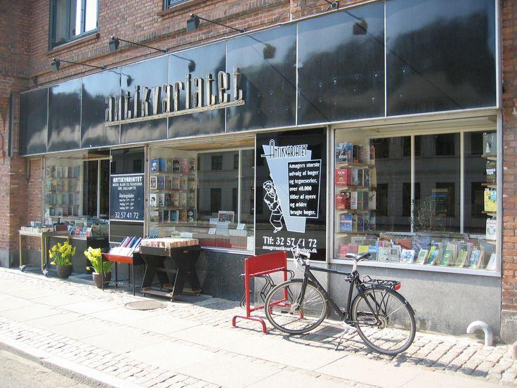 Antikvariatet book store, Amagerbrogade 22.