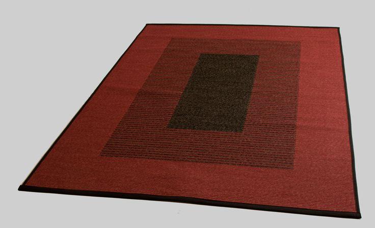 Kotimainen puuvillapaperinaru matto. Puna-musta. (toisella puolella värit toisinpäin)
