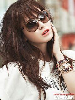 Kim Tae Hee - Cosmopolitan Magazine November Issue 2013