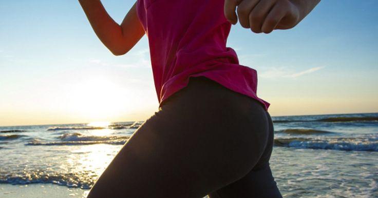 Os 8 melhores exercícios para perder peso. Para quem está tentando perder peso, queimar gordura é essencial. A melhor maneira de fazer isso? Exercitando! E, embora seja importante saber que os exercícios devem ser combinados com uma dieta equilibrada para obter resultados melhores, há oito exercícios cardiovasculares básicos que ajudam você a ...