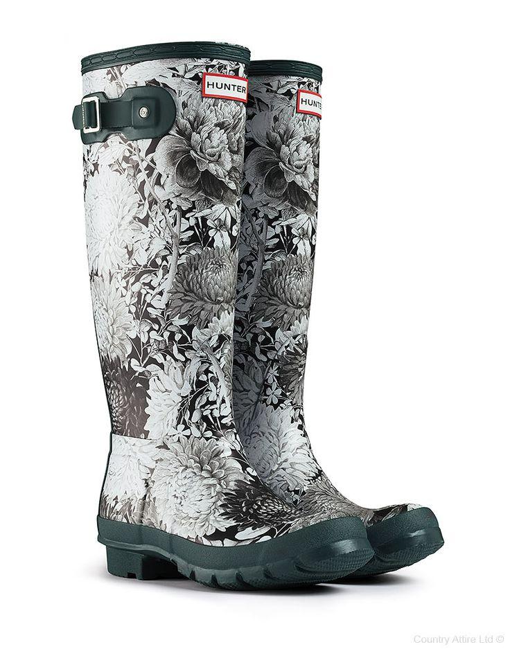 #Hunter Original RHS Black Wellington Boots – Black/White #WellingtonBoots #SS14