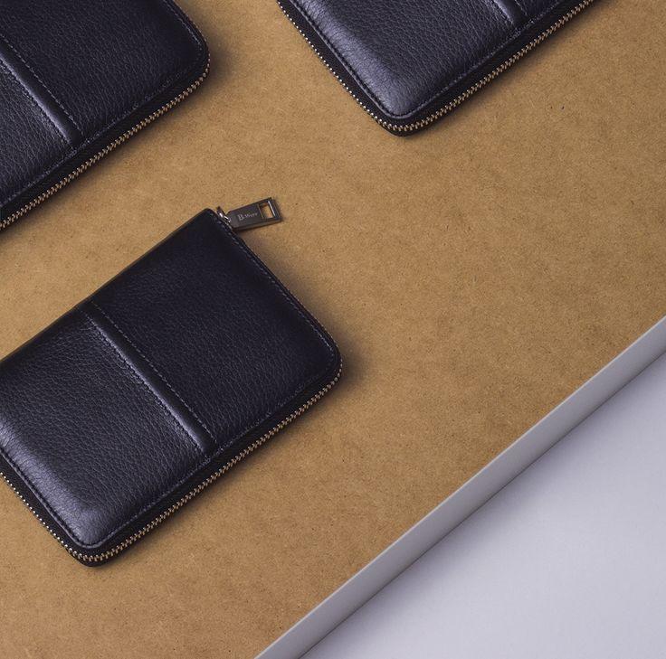 Accessories   SS`17 Collection   Объемный кожаный бумажник - 2 599 ₽   #mfilive #accessories #SS17