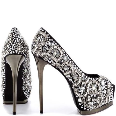 Diamond shoes Can be made at home