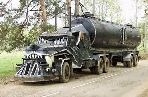 Rat Rod 18 Wheeler - could have been in Mad Max