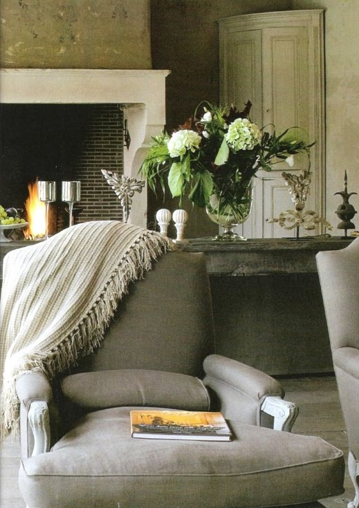 Soothing. I love the color of this chair..the whole room!
