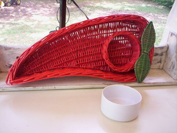 Red basket/Ceramic white bowl/Red pepper basket/Hand woven basket/Hot red Chile pepper basket/Chip and dip basket/red wicker serving tray