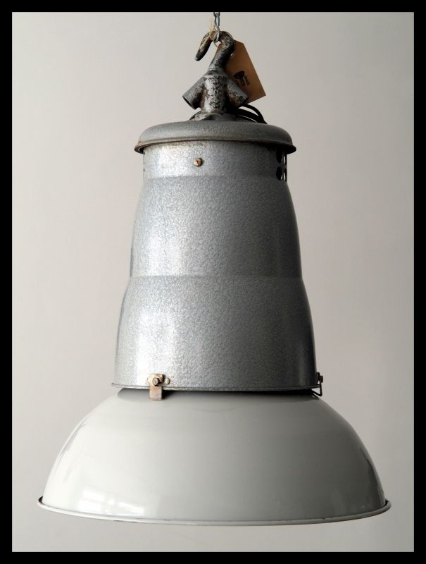 "Ruige industriële Franse Philips lamp, ""MEGA""  super mooie staat! (  4 beschikbaar)"