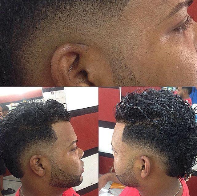 #repost @elmenorbarbershop @luis_enrique_guerrero_j #barbering #barber #barbero #barbers #barberia #barbering #barbershop #barbergang #barberlove #barbersince98 #barbersinctv #barbershopconnect #barberlifestyle #barberworld #barberos #followforfollow #followalways #follow4like #elmenorbarbershop