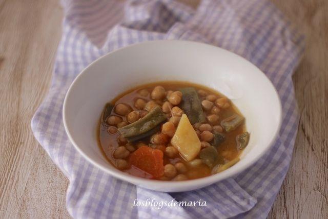 Garbanzos con judías verdes planas y zanahorias