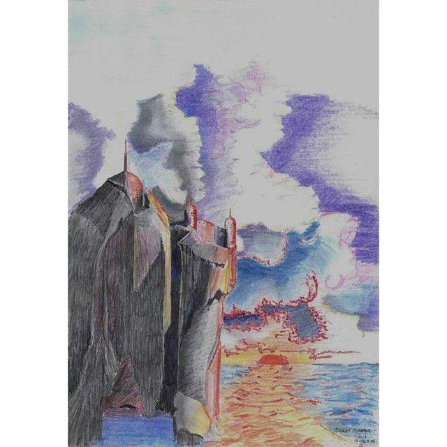 @rc_apps #rcnocrop #старые_рисунки #цветные_карандаши #Ручки #море #небо #облака #крепость #скала #образ #пещера Только и осталось что хваствться старыми рисунками, хехе. Новые-то не рисую))
