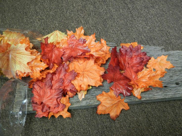 100 Light Colored Assorted Silk Artificial Leaves Fall Autumn Wedding Scatter