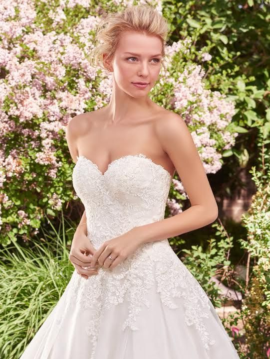 6047 best Bridal Fashion images on Pinterest Wedding dressses