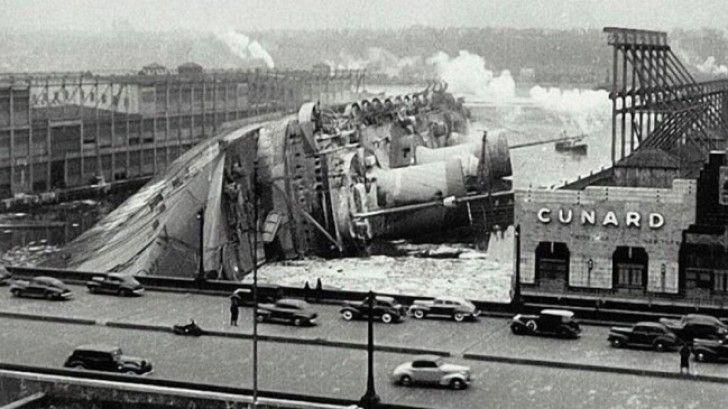 Het was 9 februari toen het trans-Atlantische schip de SS Normandie kapseisde aan pier 88 in New York - 21 Kleine Stukjes Geschiedenis Doorgegeven Dankzij Zeldzame Foto's Van Toen