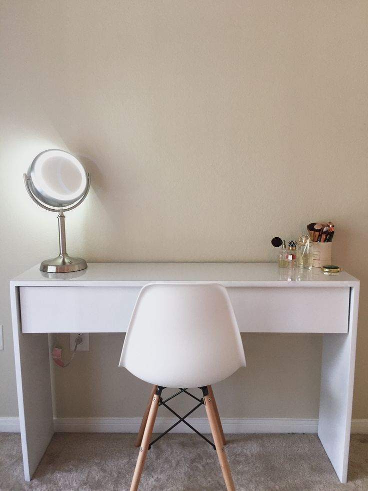 Made a White Dressing Table Because Fuck Furniture Stores http://ift.tt/2e8PVAA