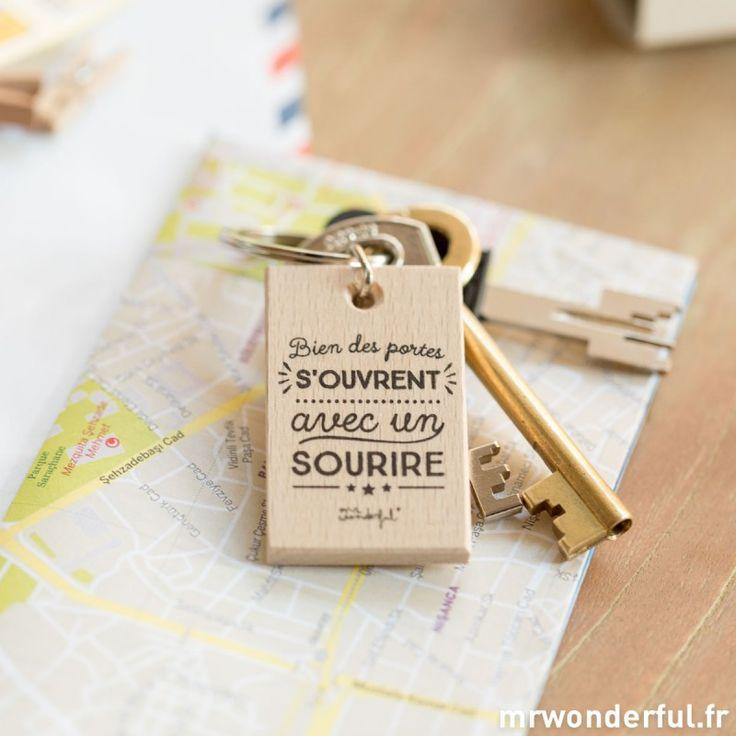 """Porte-clés """"Un sourire ouvre beaucoup de portes"""" - Mr. Wonderful"""