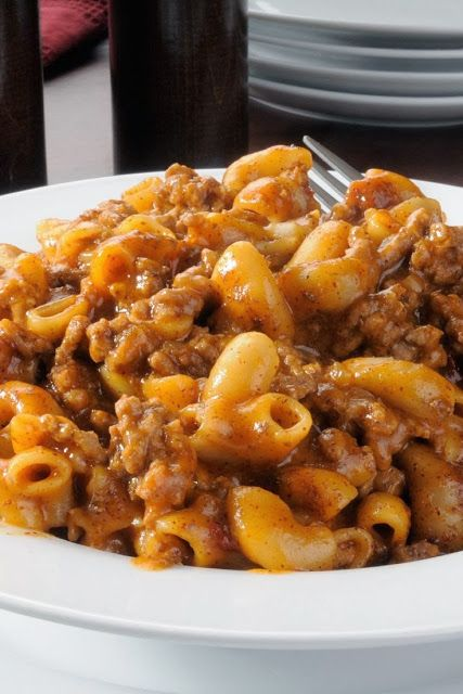 Poverty Meal ~ Whether you are in no money times, or not, this is a SUPER MEAL TO HAVE! :D I served this with crusty rolls and a tossed salad and there wasn't a bit left! Nice on the budget, great comfort food // Ground beef : https://www.zayconfresh.com/campaign/30