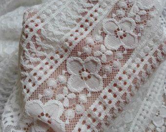 Tessuto di pizzo Crochet Vintage crema Tulle fiore di lacelindsay