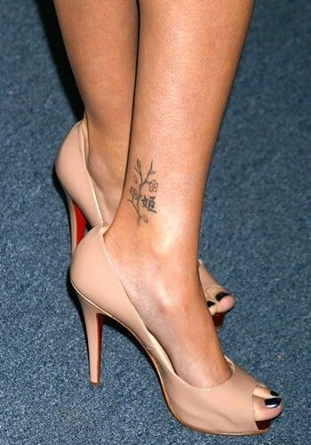 Finding the Best Female Ankle Tattoos | leonardomendoza.co