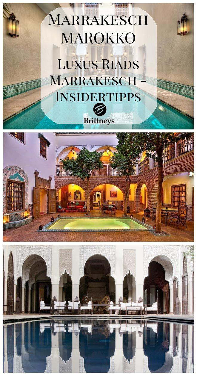 Luxus Riads Marrakesch – ich bin süchtig nach ihnen. Riads nennt man die typischen Häuser in der Altstadt von Marrakesch. Diese Wohnhäuser sind um einen nach oben offenen Innenhof gebaut. Dicke Mauern schirmen das Innere gegen Lärm und Hektik von draußen ab.
