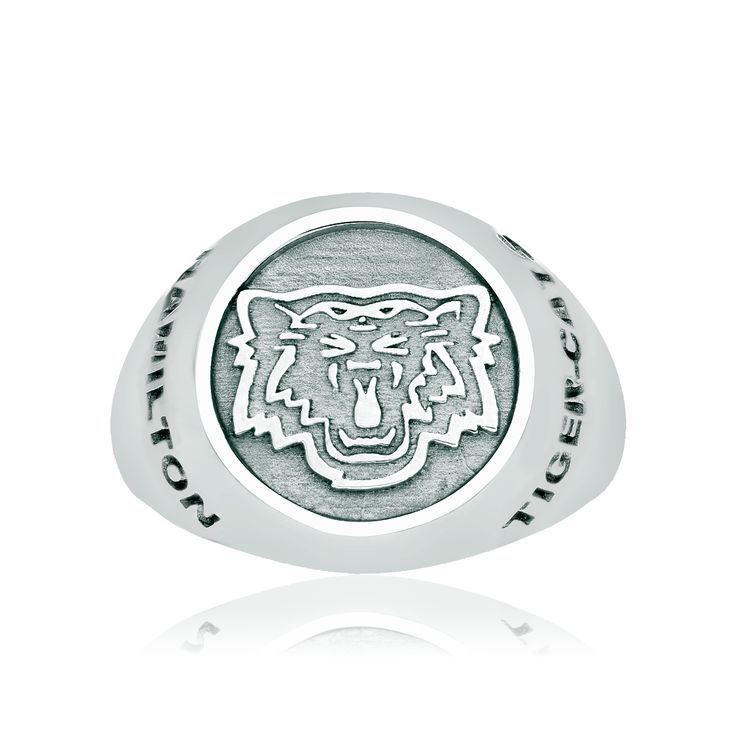 Men's sterling silver Hamilton Tiger-Cats ring. Available in sizes 9.5, 10.5, or 11.5. To order in other sizes please inquire.