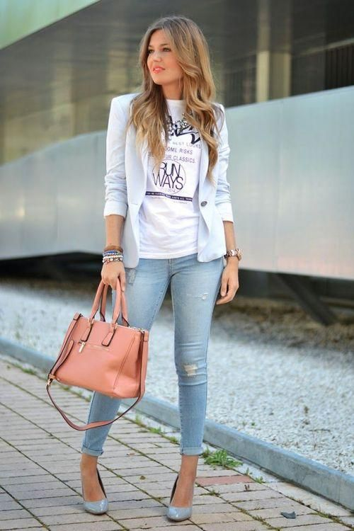 light blue blazer work style, Chic work styling ideas to wear http://www.justtrendygirls.com/chic-work-styling-ideas-to-wear/