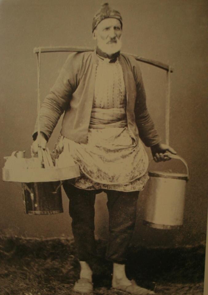 ✿ ❤ Bir zamanlar İSTANBUL, Ice Cream Seller - Dondurmacı (#Istanbul 1910) #istanlook