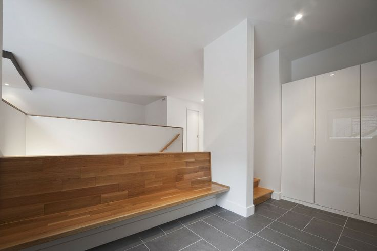 mobilier intégré | built in furniture Nouvel immeuble résidentiel de quatre logements sur la rue Drolet à Montréal. – L. McComber ltée – architecture vivante