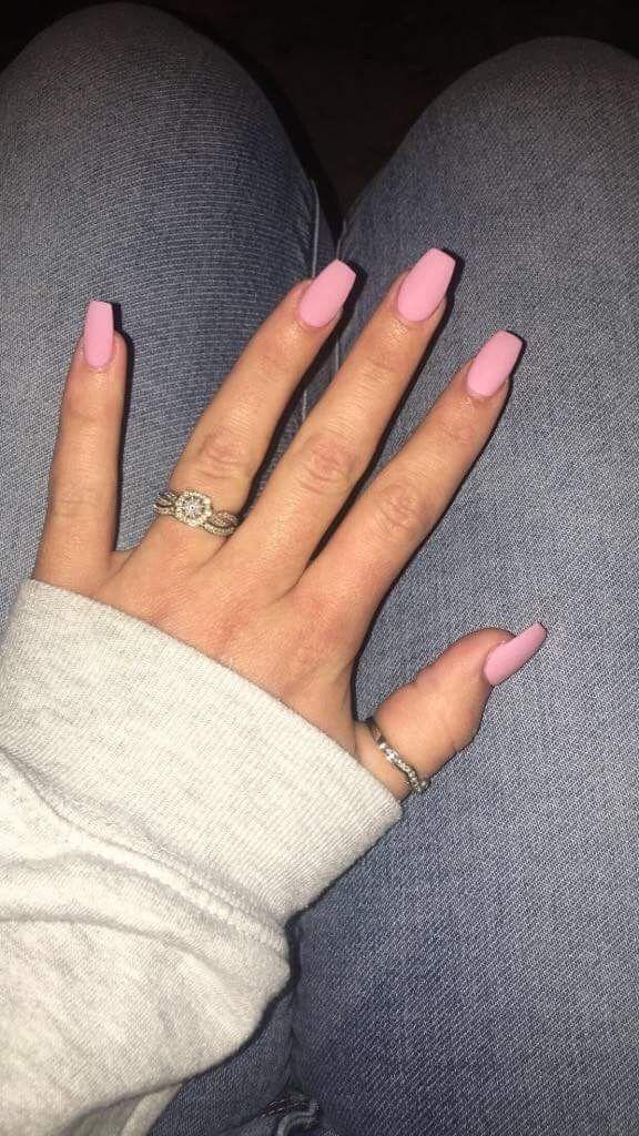 Coffin, baby pink, matte, short beautiful nails