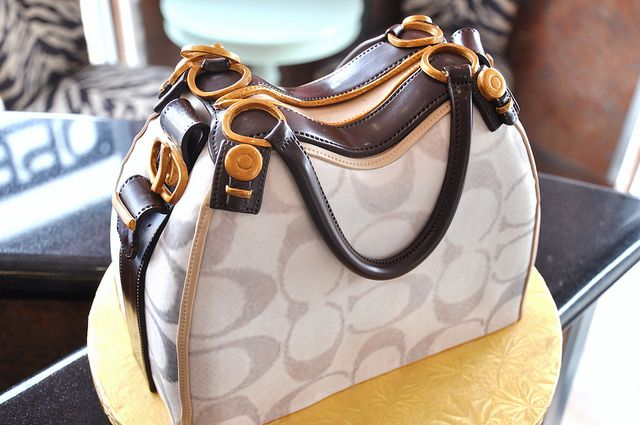 coach purse cake by thecakemamas, via Flickr