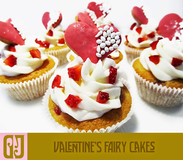 Valentine's Fairy Cakes with strawberry and heart biscuits