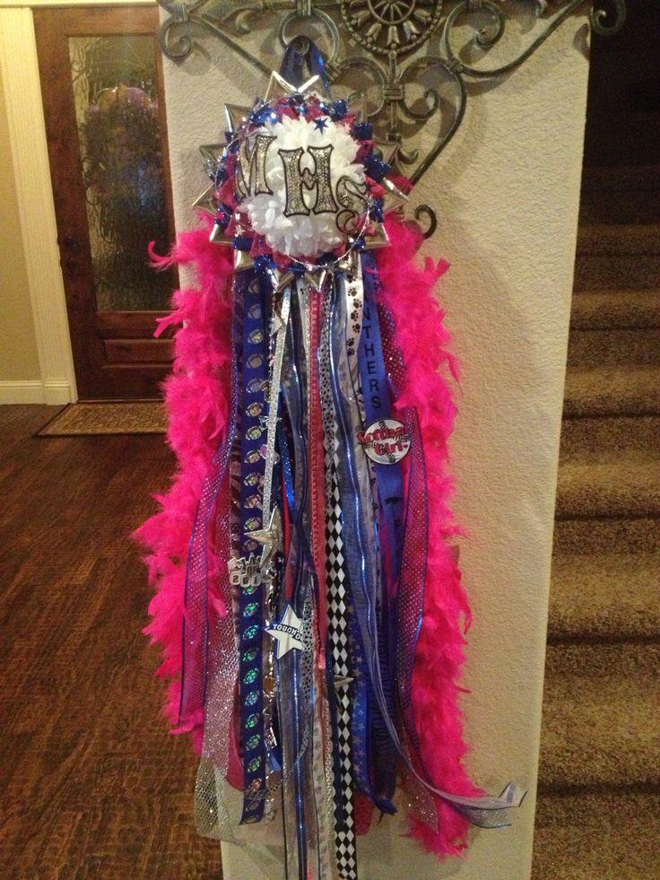 Homecoming mum. Hot pink boa. | My DIY homecoming mums ...