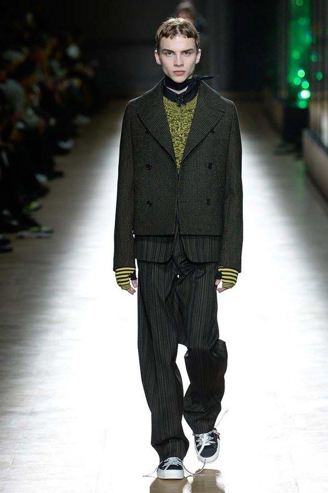 88f473d0c7a0 Dior Homme Fall 2018 Menswear Collection - Vogue Dior Homme, Vêtements Homme,  Automne Hommes