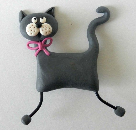broche chat gris naif