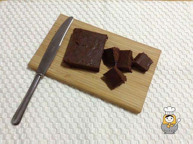 Turrón fácil de avellana y chocolate - Vuelta y Vuelta