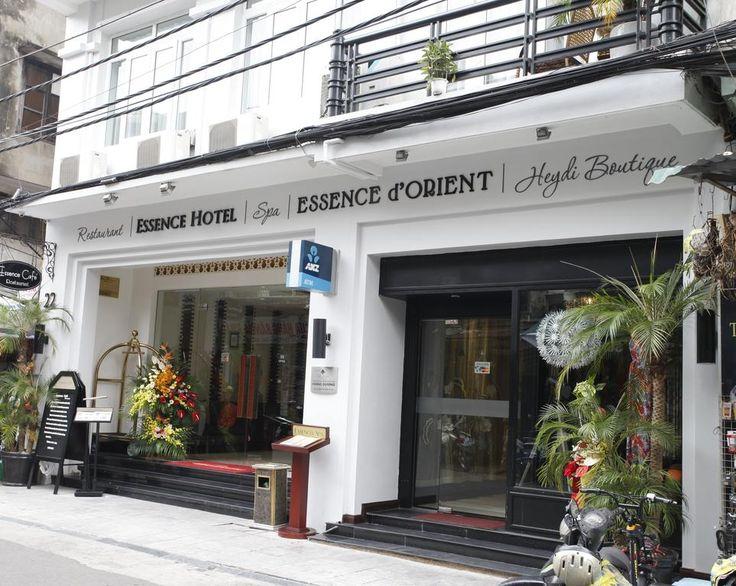 €45 Situé dans le quartier historique d'Hanoi, l'Essence d'Orient Hotel & Spa propose des hébergements modernes avec télévision par câble à écran plat de 81...